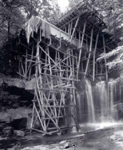 construction of fallingwater house