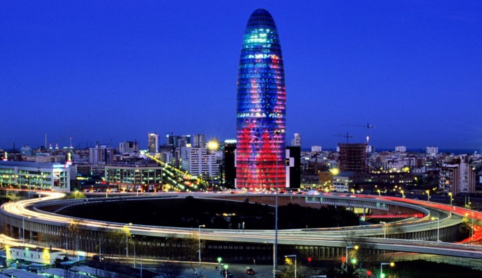 torre agbar light show